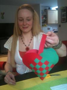 How to… make Swedish Hearts (Easter Baskets)
