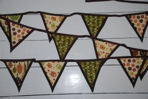 Give Away – Lovely Bunting