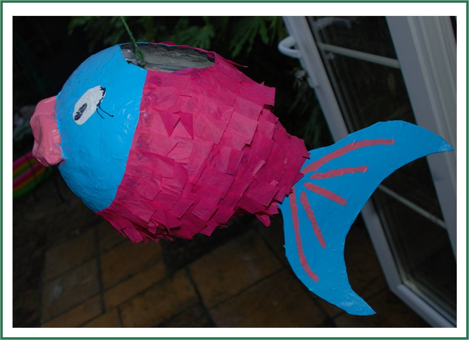 How to make a paper m ch pi ata fish redtedart 39 s blog for Simple paper mache projects