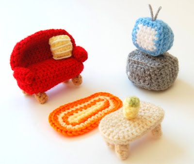 How to make an amigurumi crochet animal friends guest post and i further on moved to slightly bigger furniture like the following armchair in a 16 scale to fit my blythe doll ccuart Image collections